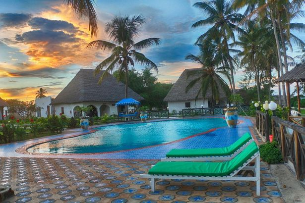 Mermaids Cove Beach Resort & Spa 4*