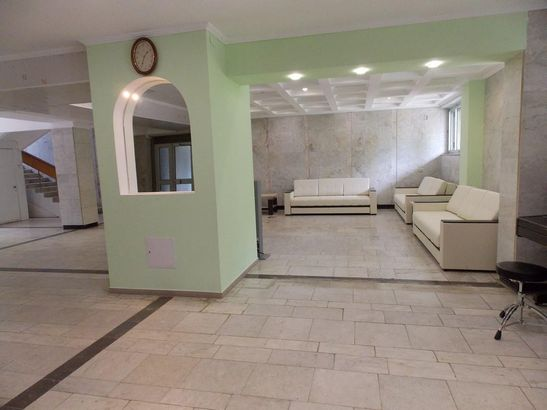 Урал hotel_category.name