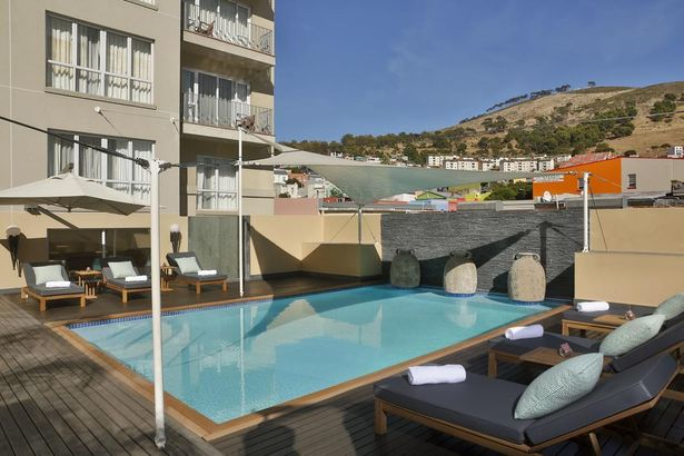 Hilton Cape Town City Centre 5*