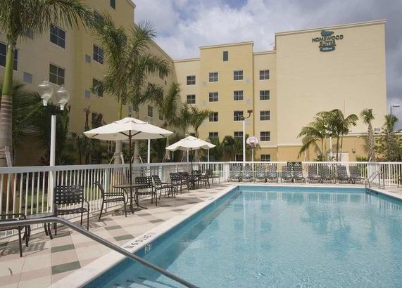 Homewood Suites by Hilton Miami - Airport West
