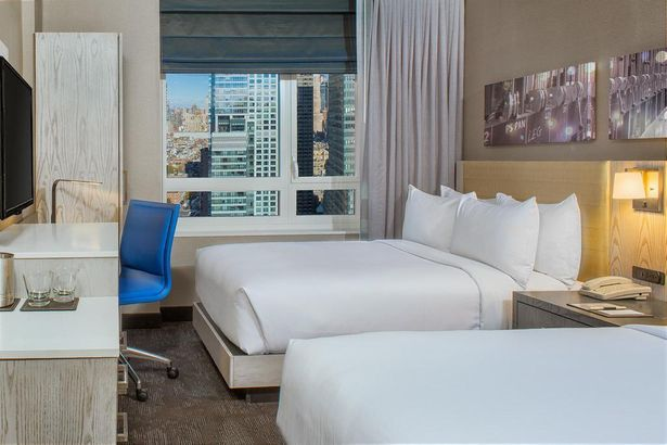 Doubletree By Hilton New York Times Square West 4*