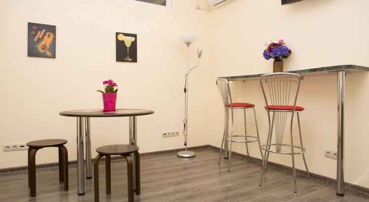 Roofhotel Sochi hotel_category.name