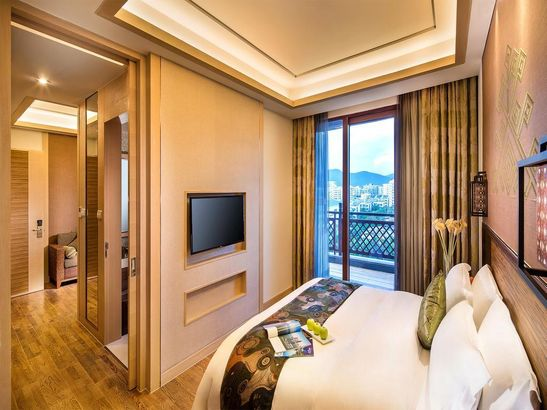 Sanya Bay Guest House All Suites Китай