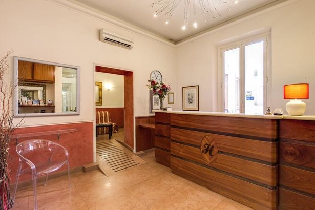 Hotel Everest Inn Rome 2*