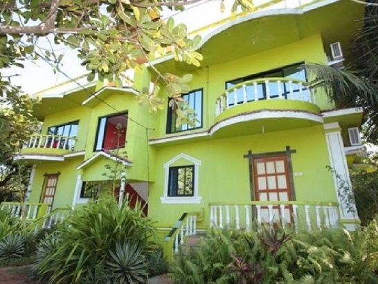 Smallville Guest House 1*