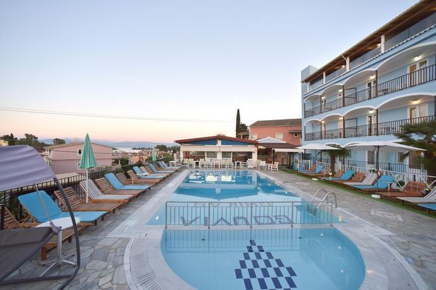 Palapart Yasas Suites and Studios by Gikas