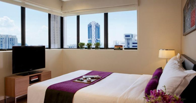 8 on Claymore Serviced Residences - By Royal Plaza on Scotts (SG Clean) 5*