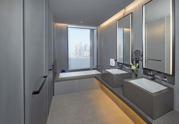 The Residences Caesars Palace Bluewaters 5*