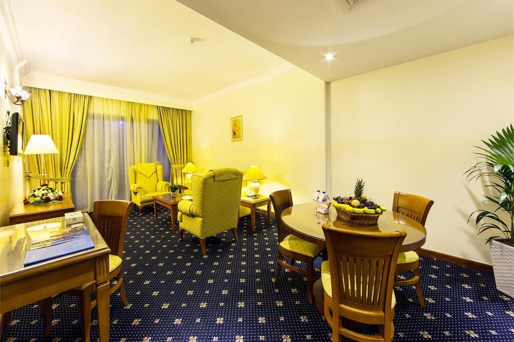 Rolla Residence Apartment Hotel