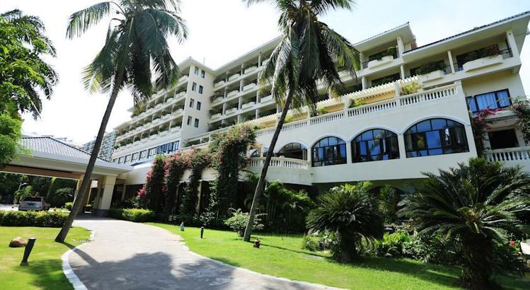 Palm Beach Resort & Spa Hotel