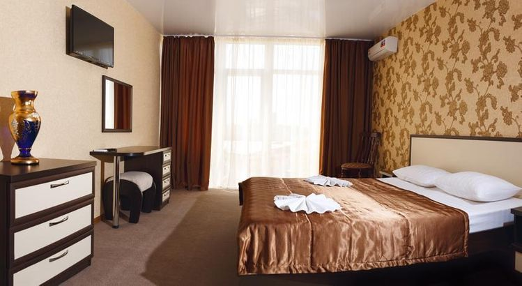 Рояль hotel_category.name