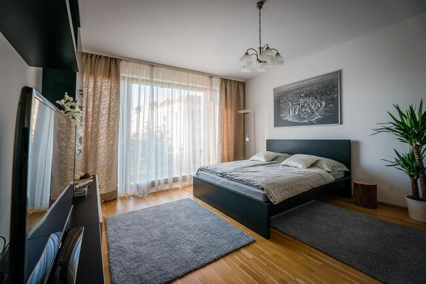 New Residence FLORA, Parking & Breakfast free Прага 2