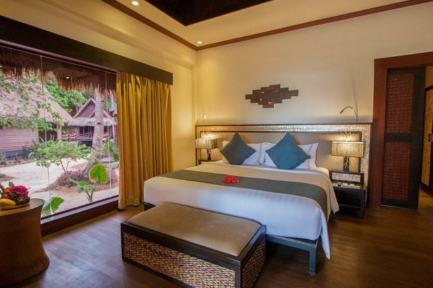 Cauayan Island Resort and Spa 5*