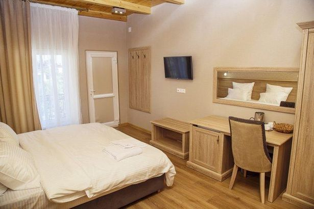 Фэмили hotel_category.name