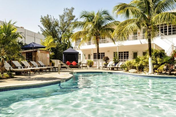 Tradewinds Apartment Hotel Miami Beach