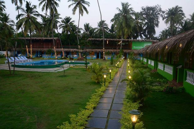 Manthan Beach Resort 3*