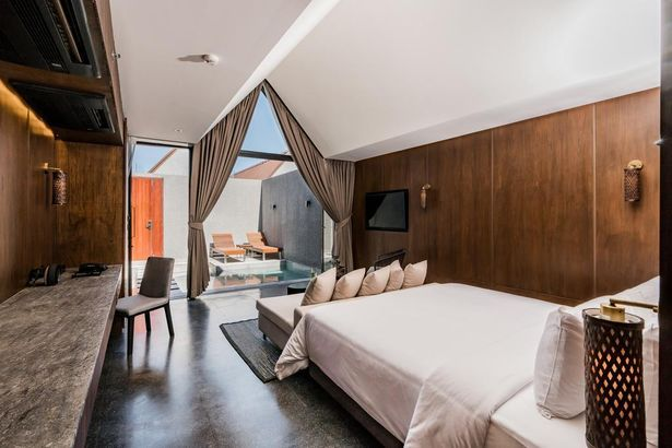 Ana Anan Resort & Villas Pattaya 5*