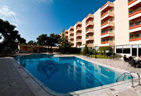 Oasis Hotel Apartments 4*