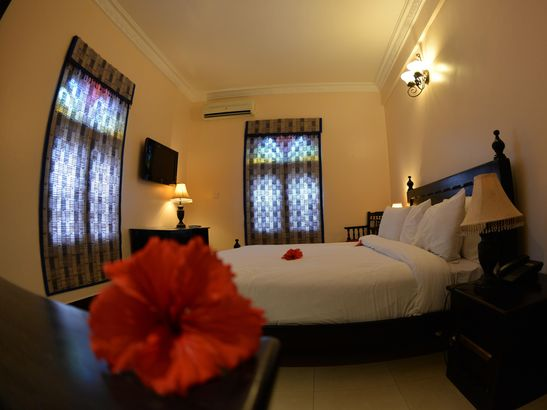 Golden Tulip Stone Town Boutique Hotel 4*